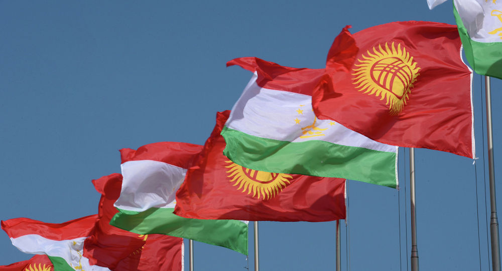 Главы Кыргызстана и Таджикистана обсудили конфликт на границе