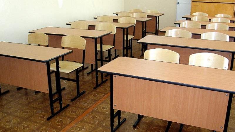В Бухаре закрыли школу из-за обнаружения у ученика COVID-19