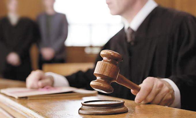 В Зангиатинском суде вынесен приговор 13 бывшим сотрудникам госорганов