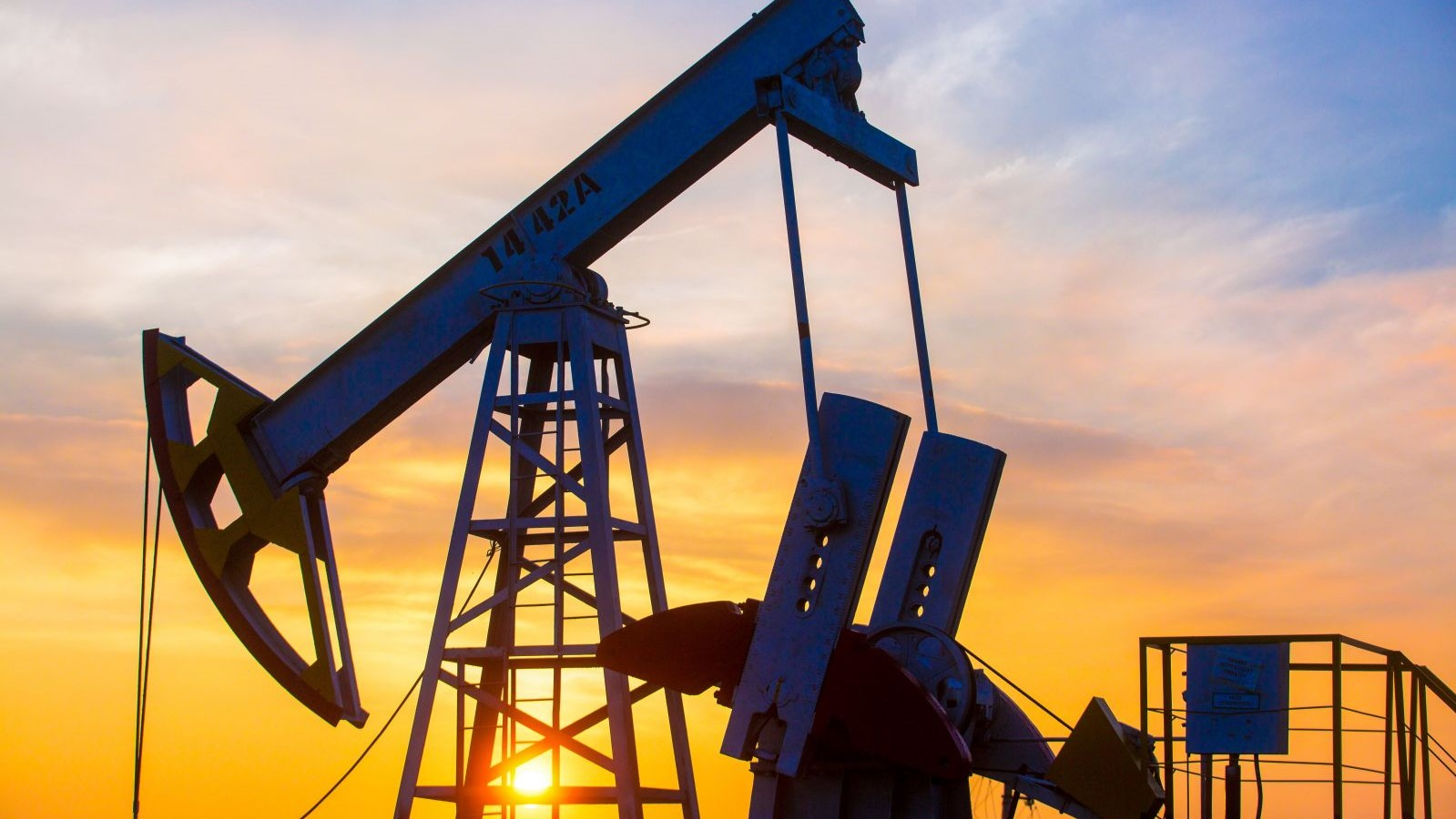 Накопленные за пандемию запасы нефти почти закончились
