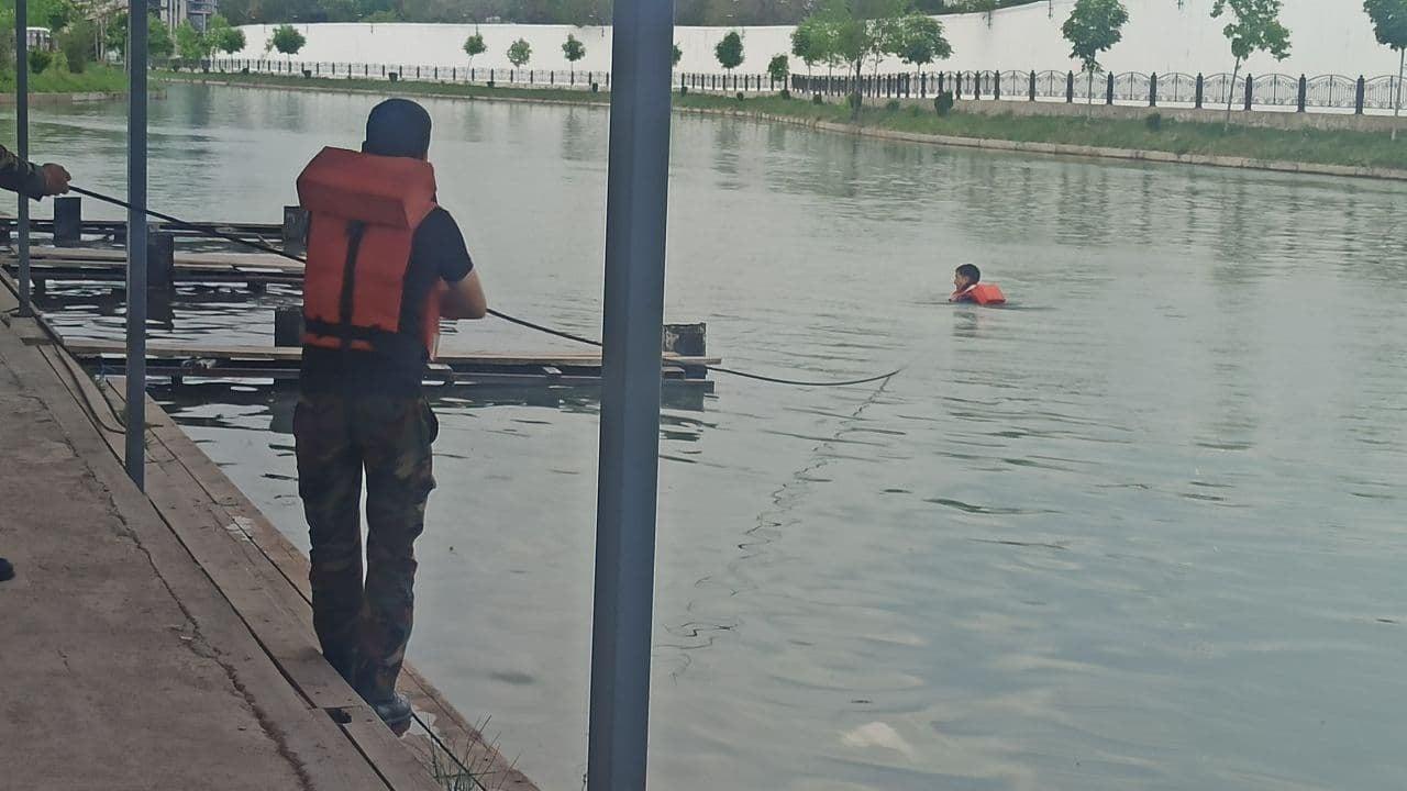 В столичном канале Анхор нашли тело мертвого мужчины