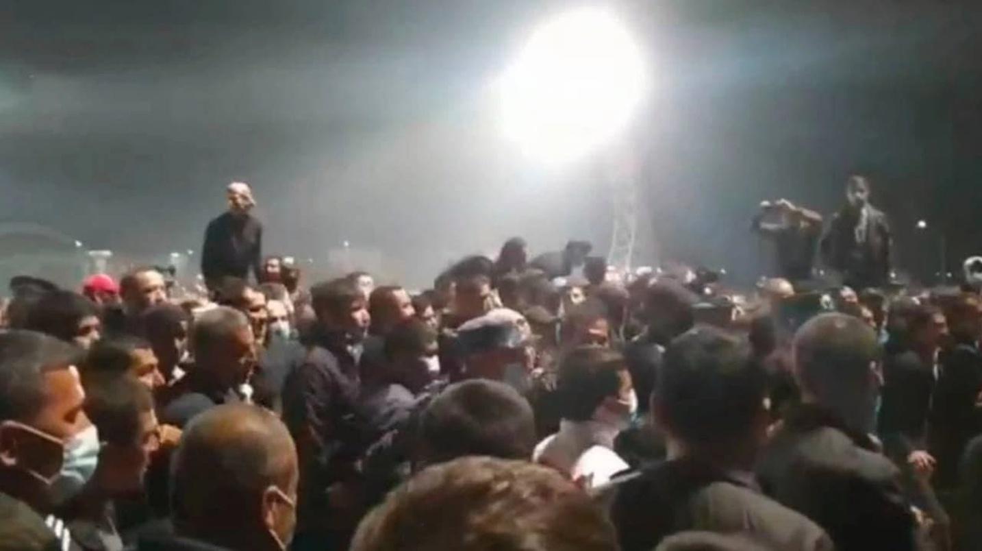 Футбольный клуб «Навбахор» наказали после беспорядков в Наманганской области