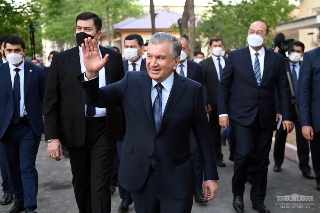 Шавкат Мирзиёев встретился с жителями одной из махаллей Яшнабадского района столицы