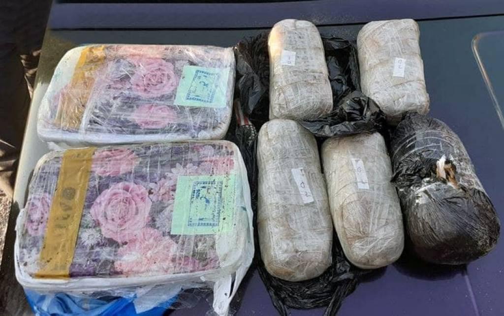 Гражданин Таджикистана пытался провезти в Узбекистан наркотики на сумму 100 тысяч долларов