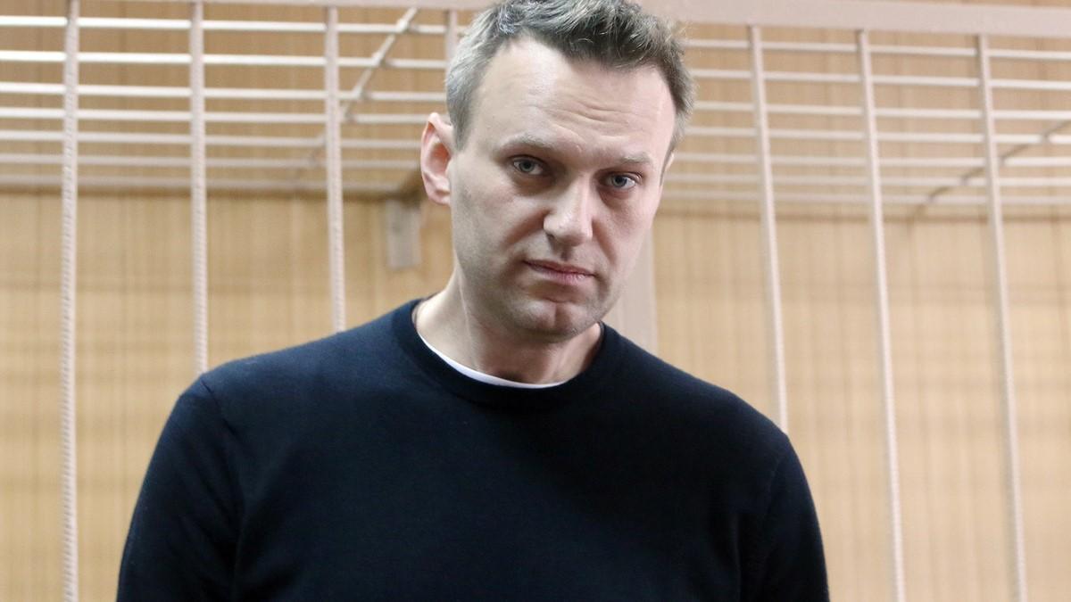 Алексей Навальный подал в суд на колонию за отказ передать ему книгу Коран