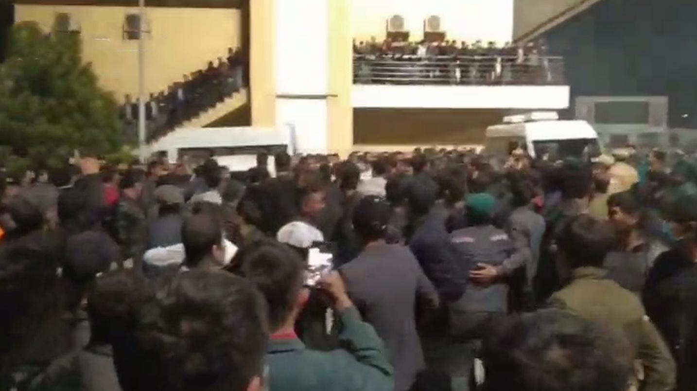 В Намангане возбуждено уголовное дело после протеста на стадионе «Навбахор»