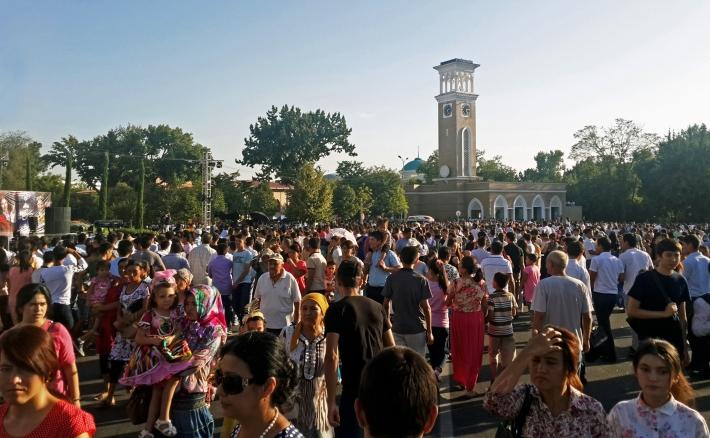Стало известно, представителей какого пола в Узбекистане больше