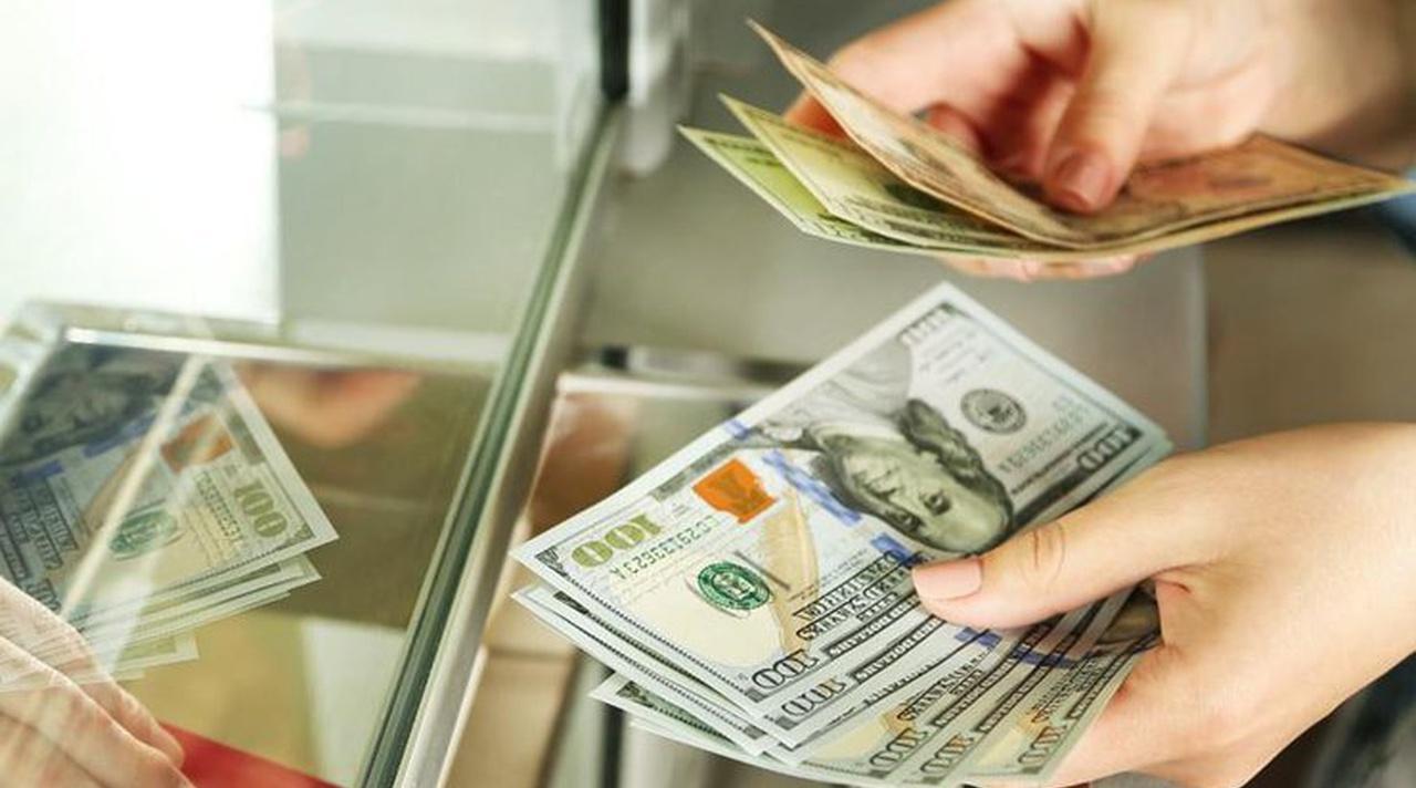 За первый квартал этого года из заграницы в Узбекистан перевели 1,42 миллиарда долларов