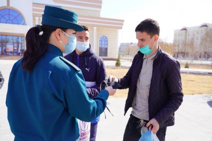 В Ташкенте оштрафовали 773 человека без масок за первый день карантинных ограничений
