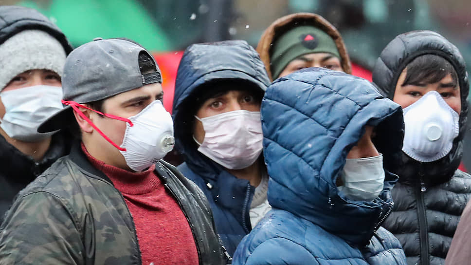 Незаконное пребывание более 300 тысяч узбекистанцев в России будет легализовано