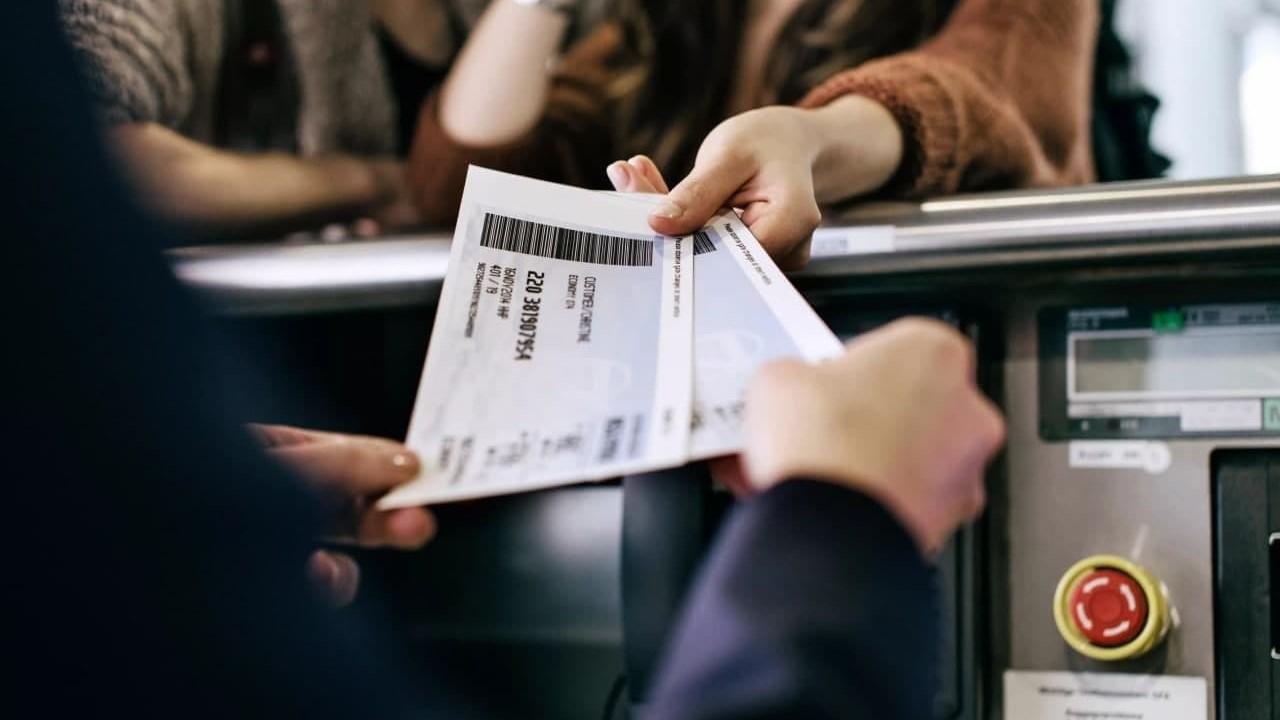 Сотрудники одной из ташкентских авиакасс украли более 1,3 миллиарда сумов