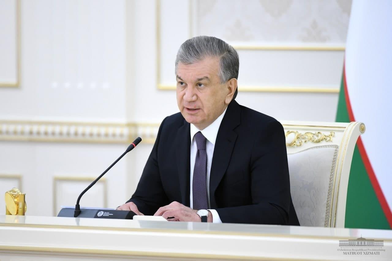 «Сегодня мы многих уволим. Вы не понимаете политику», — Шавкат Мирзиёев