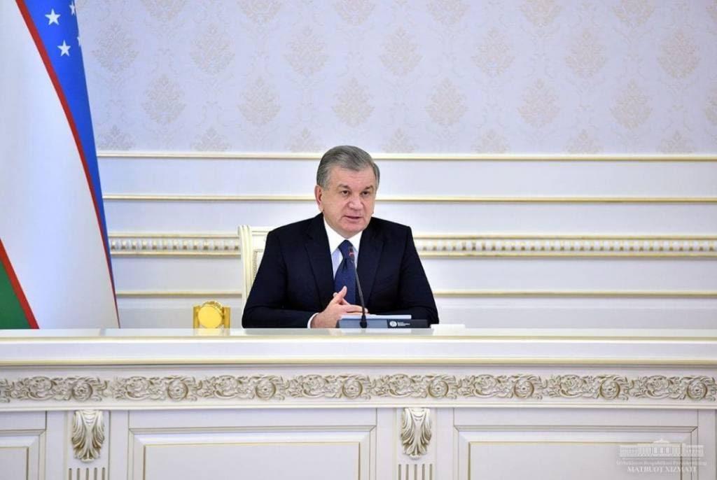 Шавкат Мирзиёев раскритиковал советника президента по делам молодежи и председателя торгово-промышленной палаты