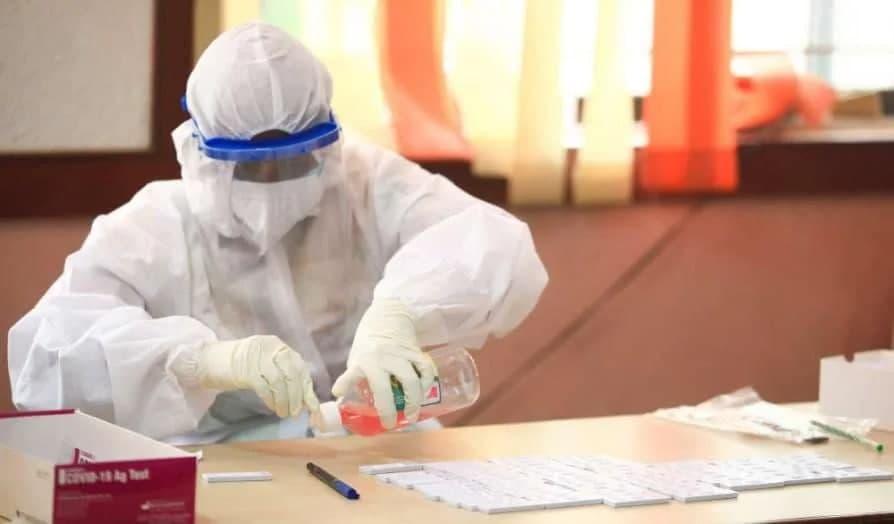 Почти 300 человек заразились COVID-19 в Узбекистане