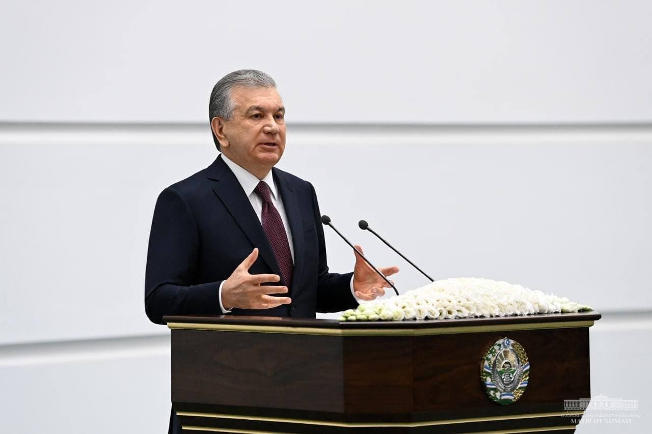 Шавкат Мирзиёев раскритиковал руководителей за слабую борьбу с коррупцией
