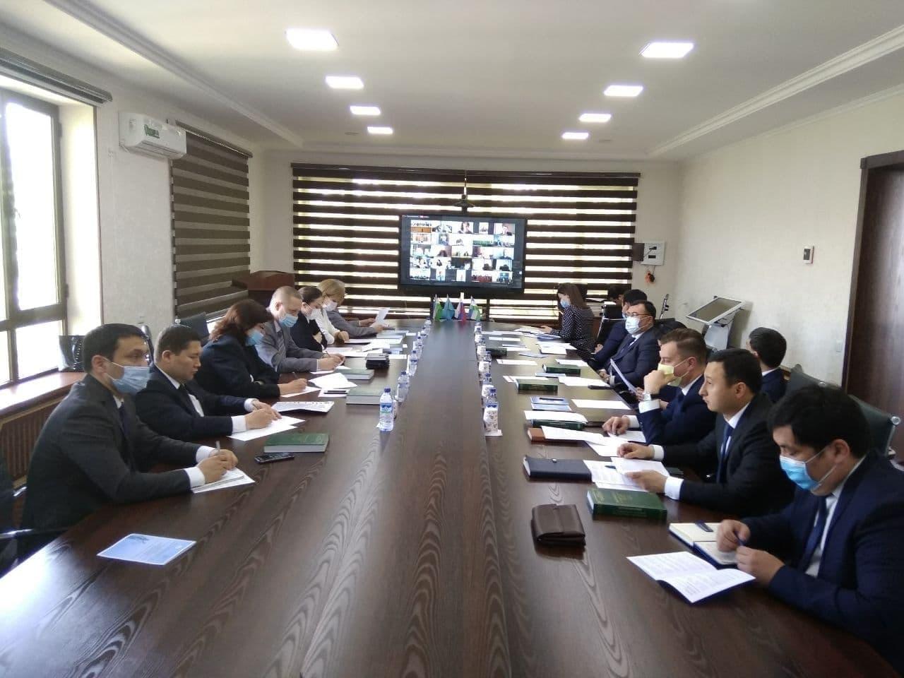 В Высшей школе судей обсудили проблемы правоприменительной практики Узбекистана и России