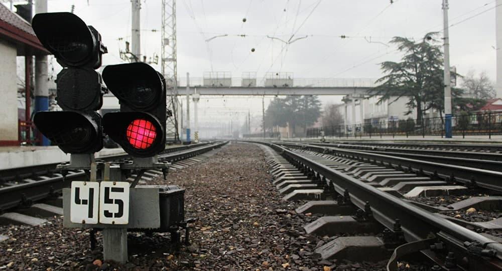Таджикистан и Узбекистан хотят построить новую железную дорогу