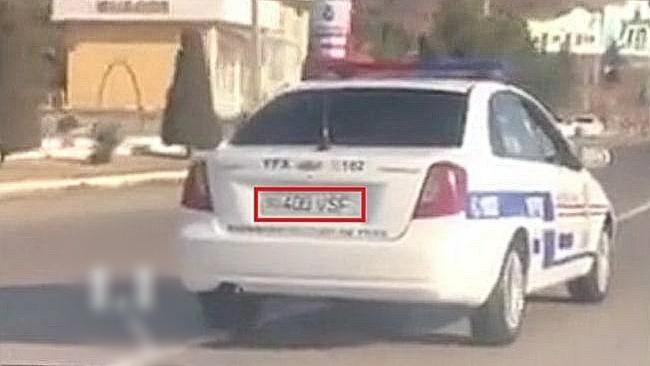 В Намангане сотрудник ДПС нарушил правила дорожного движения