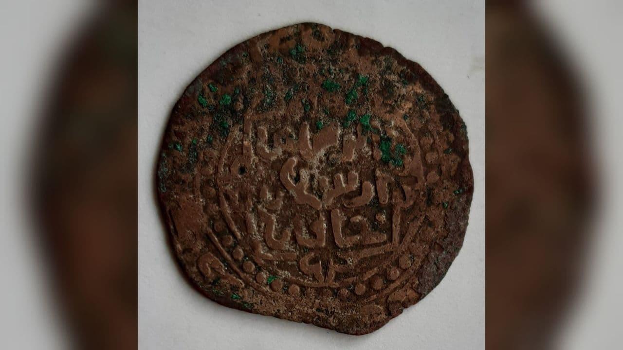 В Ташобласти нашли 427 медных монет эпохи Караханидов