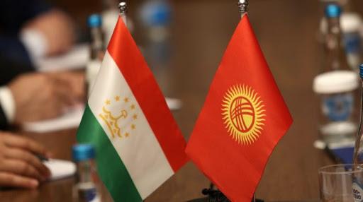 Кыргызстан договорился с Таджикистаном прекратить огонь