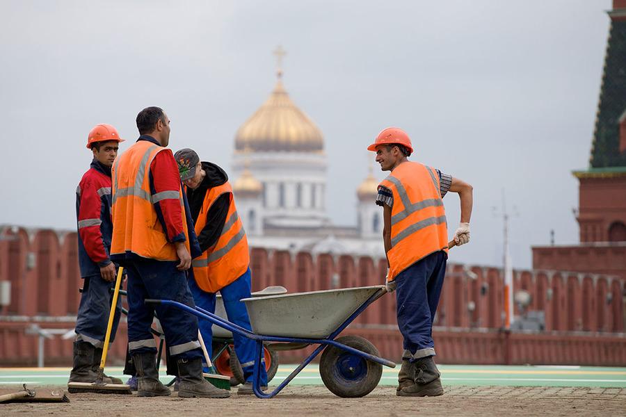 Вводятся три основных статуса пребывания мигрантов в России