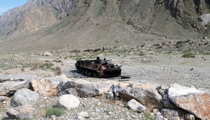 Президенты Кыргызстана и Таджикистана договорились о ревизии военной техники на границе