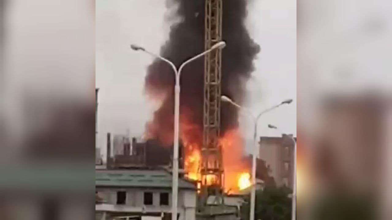 В столице Таджикистана взорвалась АЗС — видео