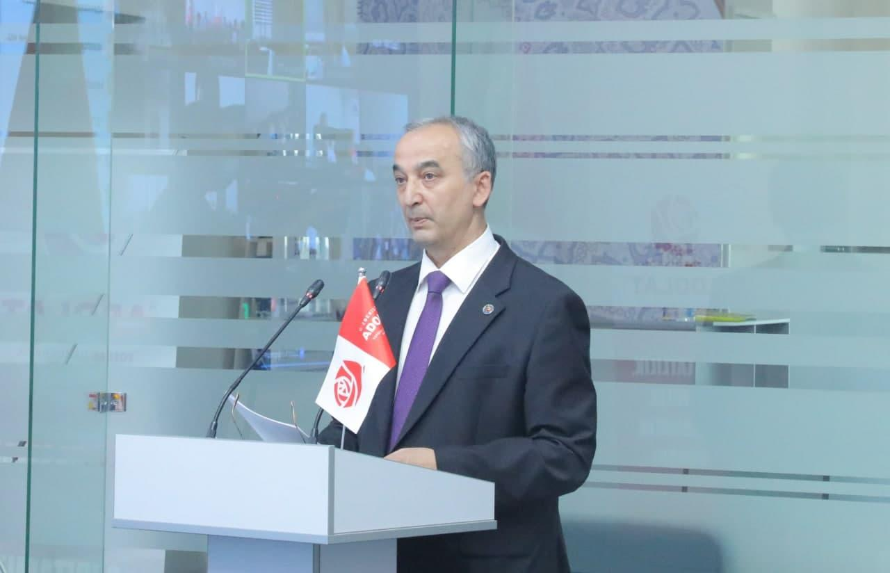 Кандидат в президенты от партии «Адолат» пообещал усилить медицину и увеличить зарплату учителям